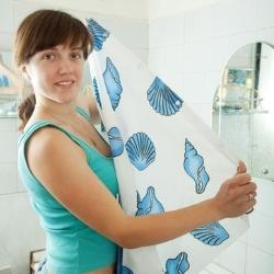 czysta zasłona prysznicowa