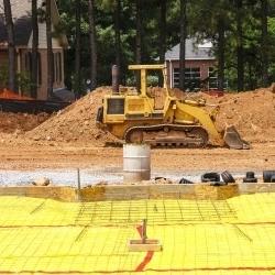 żółta paroizolacja na podłożu budowa