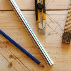 stolarskie narzędzia do traserowania