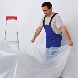 rozkładanie folii, zabezpiecznie przy malowaniu