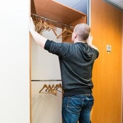 odsuwane drzwi od szafy