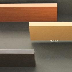 przykładowe półki z ukrytym systemem montażu
