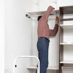 montowanie szafy