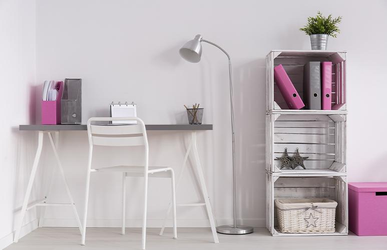 krzesło i biurko